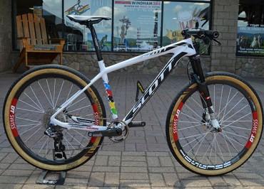 Bikers Rio Pardo   NOTÍCIAS   A Scott Scale customizada que Nino Schurter utilizou para vencer em Windham