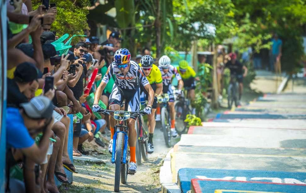 Bikers Rio pardo | Notícia | 3 | Brasil Ride 10 anos: Henrique Avancini e Manuel Fumic vencem prólogo com recorde