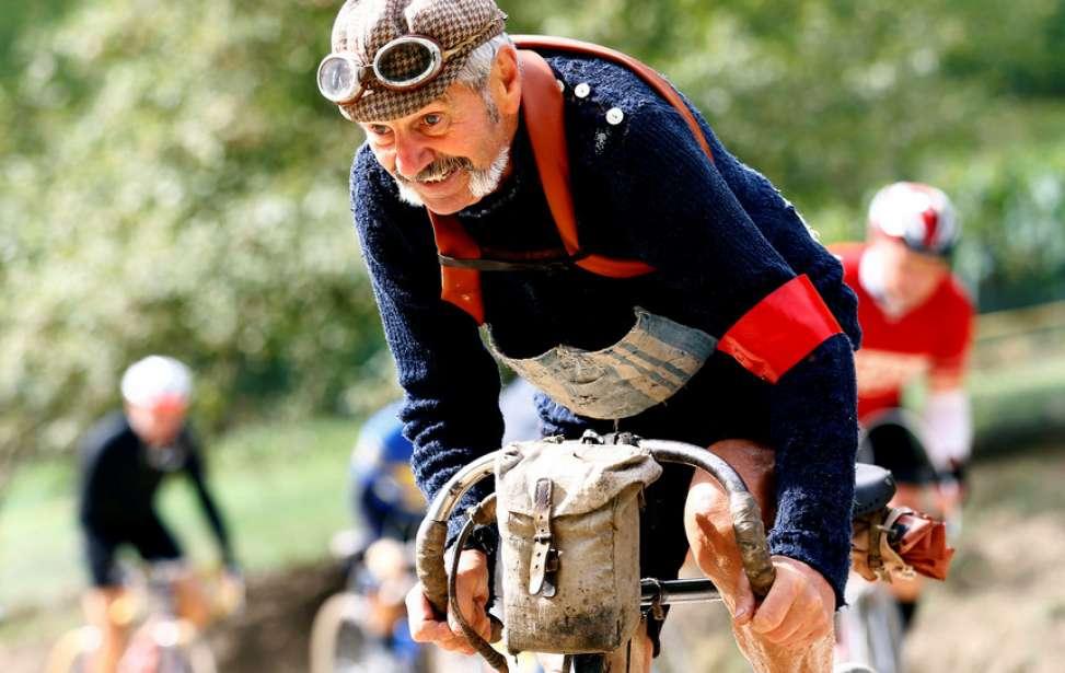 Bikers Rio Pardo | Artigo | Andar de bicicleta pode travar os efeitos do envelhecimento