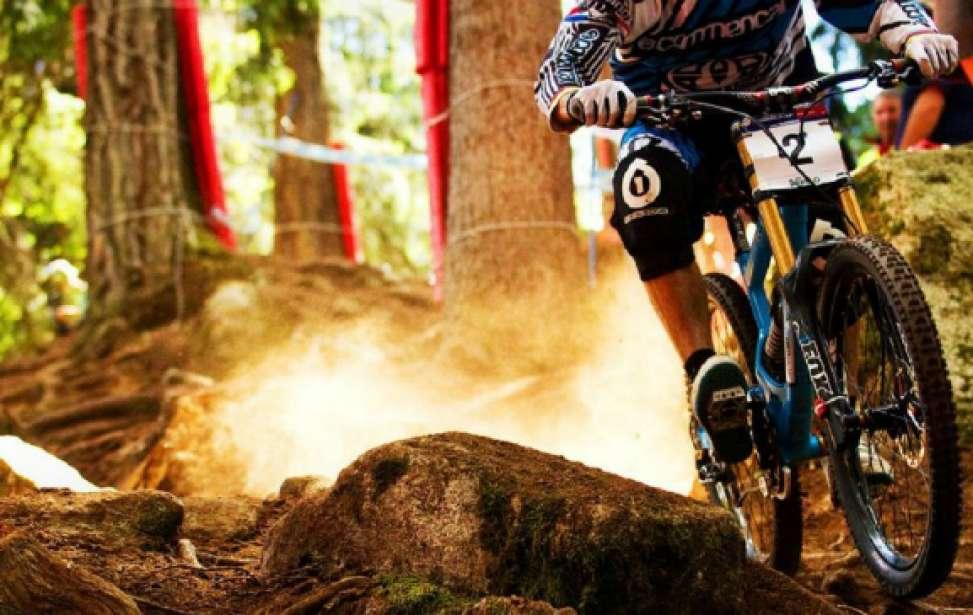 Bikers Rio Pardo | Dica | Jogo de corpo: aprenda como se posicionar na bike para vencer obstáculos