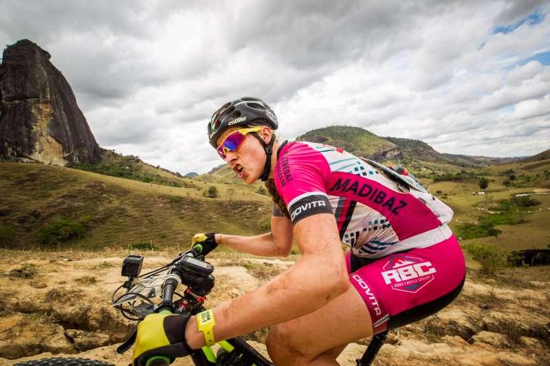 Bikers Rio pardo | Notícia | Imagens | Líderes Avancini e Fumic fazem marcação cerrada a Ferreira e Becking na quinta etapa da Brasil Ride