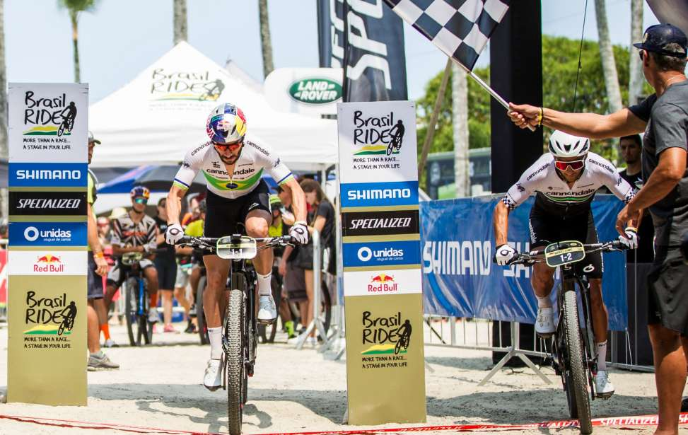 Bikers Rio Pardo | Notícia | Brasil Ride 10 anos: Henrique Avancini e Manuel Fumic vencem prólogo com recorde